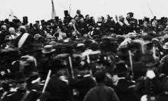 Abraham Lincoln Giving Gettysburg Address
