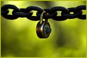 lock-and-chain
